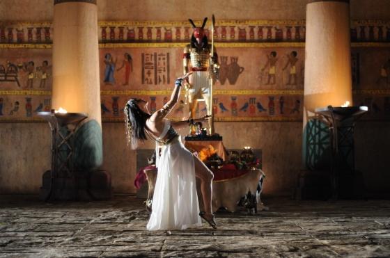s14c17 - 2013.01 - Faraó faz oração diante de Seth - Michel (31)